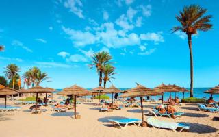 Когда будет сезон в Тунисе по месяцам