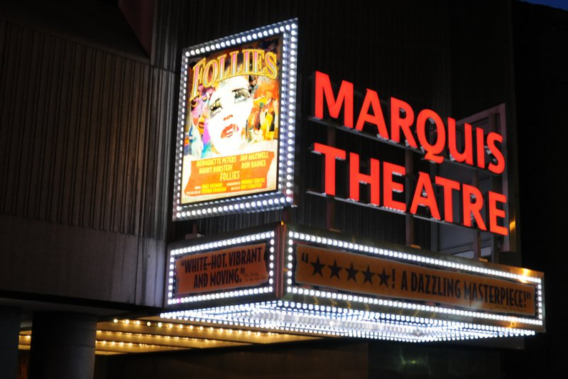 Театр на Бродвее, ночной Нью-Йорк