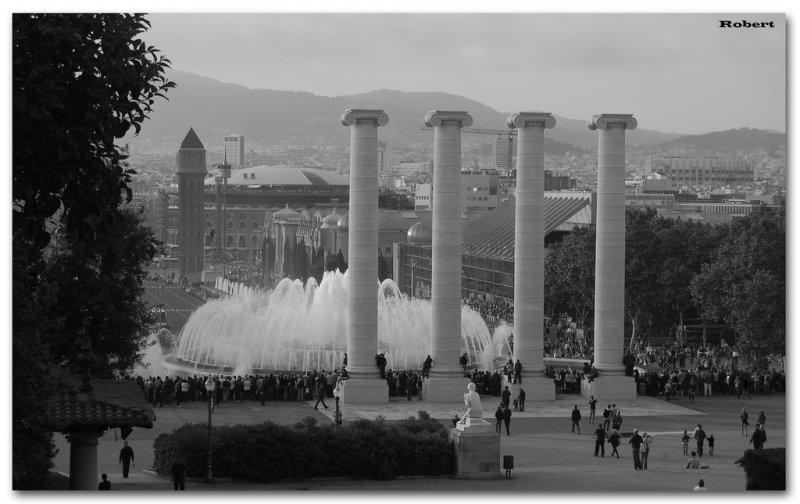 Вид на поющие фонтаны