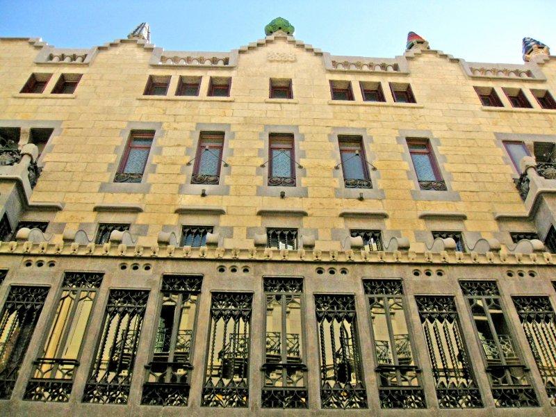 Дворец Гуэля, Испания, Барселона