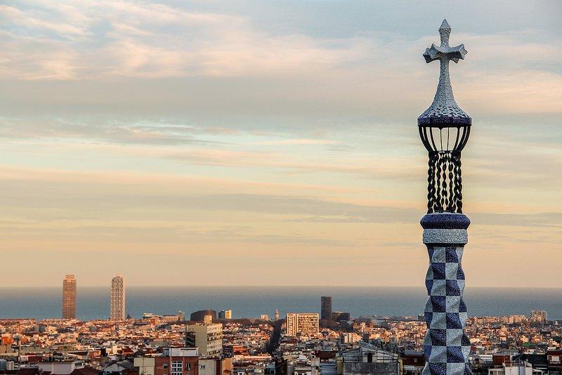 Вид на Барселону из парка