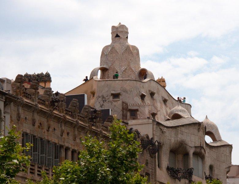Крыша знаменитого дома Мила