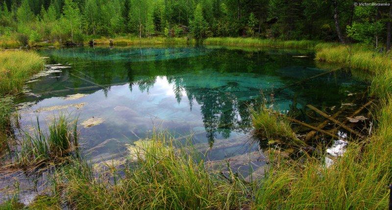 Гейзерное озеро. (© Виктор Борзенко || vvvnsk.35photo.ru)