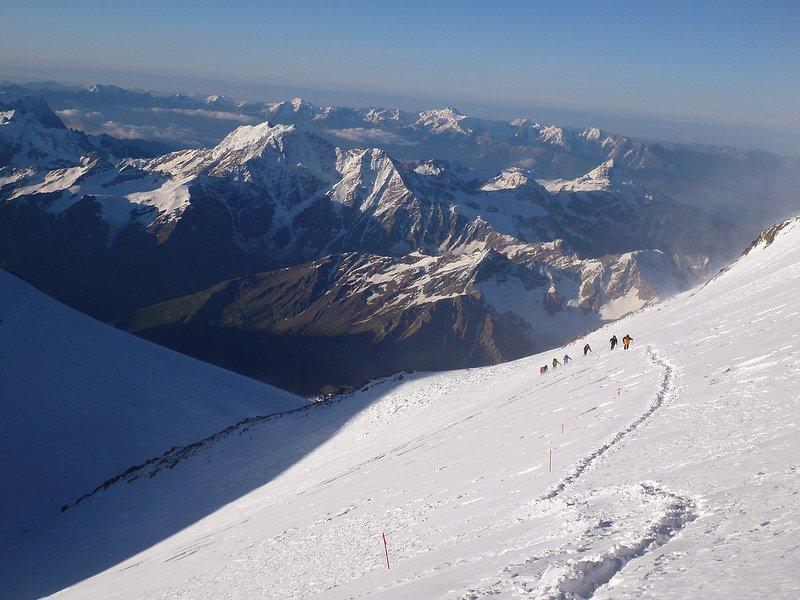 Вид с Эльбруса во время восхождения