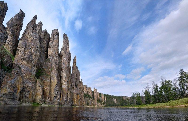 Каменный лес на реке Лена в Сибире - фото 9