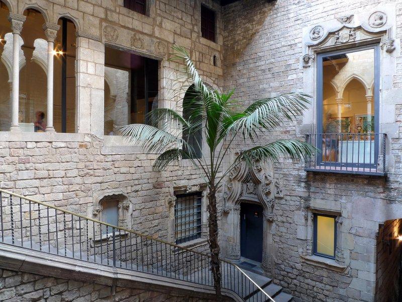 Архитектура музея Пикассо в Барселоне