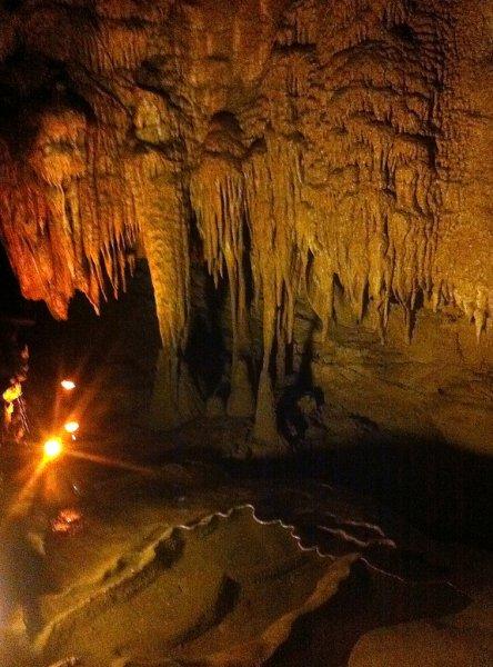 Внутри Мамонтовой пещеры