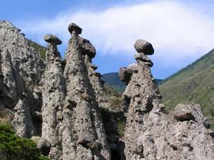 Каменные грибы на Горном Алтае
