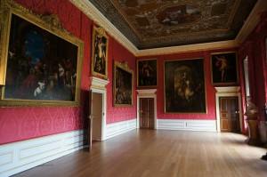 Экспозиция галереи Кенсингтонского дворца