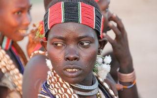 У племени бабур можно брать в невесты девочку, которая только родилась