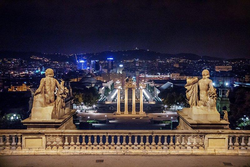 Вид на Барселону с горы Монжуик