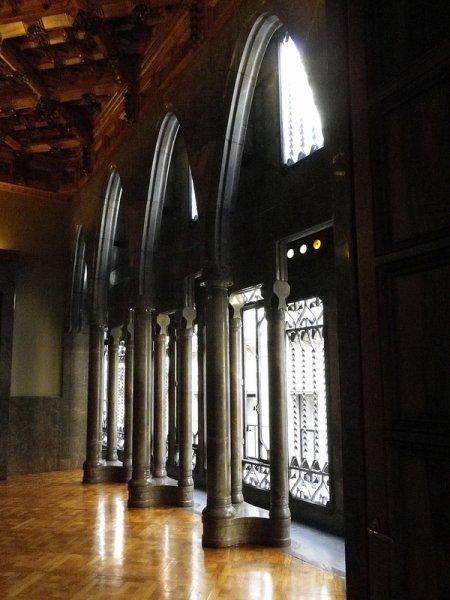 Окна во дворце