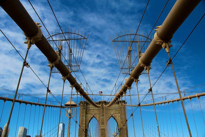 Стальные канаты моста