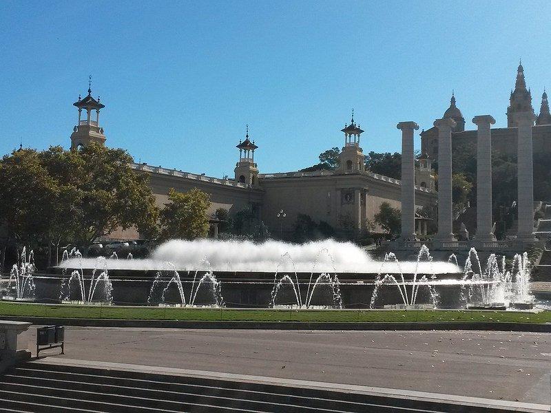 Поющий фонтан Монжуика, Барселона, Испания
