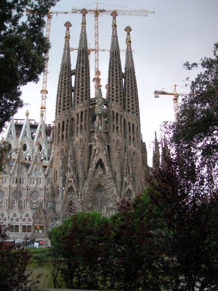 Строящийся Храм Святого Семейства