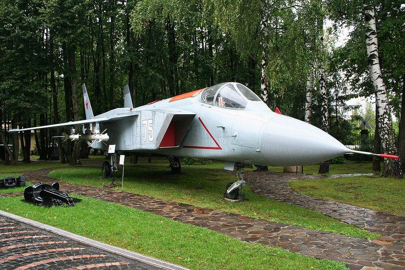id-739-kladbishha-samoletov-rossii-khodynka-4