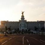 Памятник королеве Виктории перед Букингемским дворцом