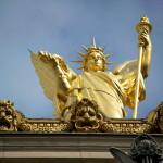 Архитектурные украшения оперы