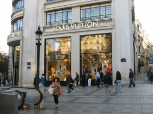 Louis Vuitton, Paris (Champ-Elysees)