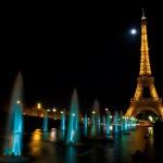 Фонтаны и Эйфелева башня - ночной Париж