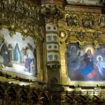 Красивые иконы в монастыре