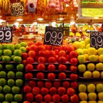 Яблоки на рынке Бокерия