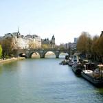 Река Сена в Париже, Франция