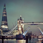 Развод моста вечером, Тауэр, Лондон