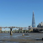 Вид на Шатающийся мост, Лондон