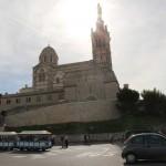 Собор в Марселе на холме