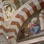 Внутреннее оформление базилики Нотр-Дам-Де-Ла-Гард