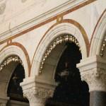 Внутренний декор базилики Нотр-Дам-Де-Ла-Гард