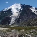Озеро на фоне Горы, Алтайский край