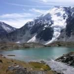 Озеро на фоне Горы, Алтай