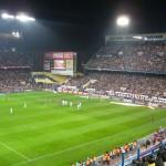 Игра на футбольном поле Висенте Кальдерон