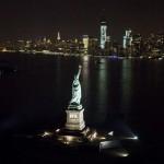Вид ночью на Статую Свободы
