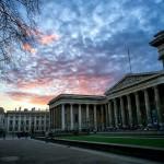 Британский музей на закате солнца