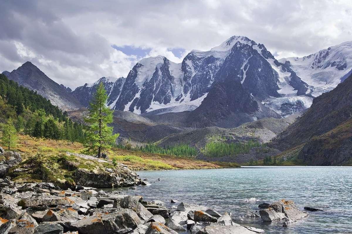Изумительный вид на Шавлинские озера, Алтай