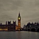 Вид на Биг-Бен через Темзу