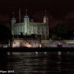 Ночной вид на Лондонский Тауэр