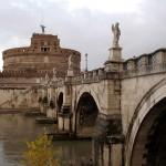 Мост со статуями ангелов