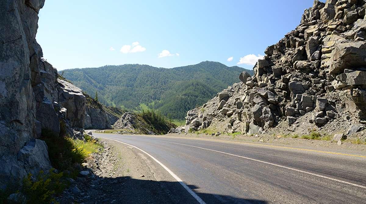 Дорога на перевале Чике-Таман