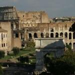 Арка Тита и Колизей в Риме