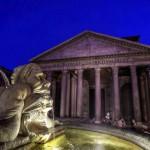 Фонтана дель Пантеон Пантеон в фоновом режиме в ночное время