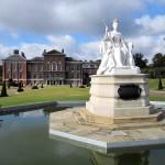Памятник королеве и Кенсингтонский дворец, Лондон
