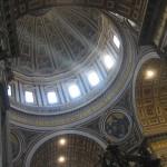 Вид купола изнутри собора Святого Петра в Риме