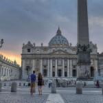 Ожидая рассвет на площади Святого Петра, Ватикан