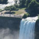 Водопад Фата справа от Американского водопада