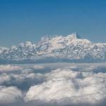 Эверест в облаках