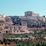 Парфенон возвышается на Акрополе